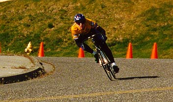 Old Picture from 1996(?) a turn at the distric championship criterium.